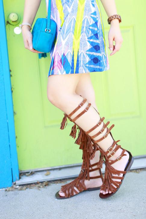 Blogger wearing Steve Madden VILLANO Fringe Gladiator Sandals