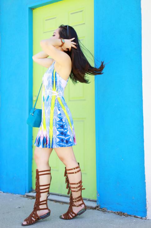 Blogger wearing Tart Collections Dress with Steve Madden VILLANO Fringe Gladiator Sandals