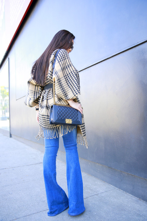 An Dyer wearing Hudson Mia Flared Jeans