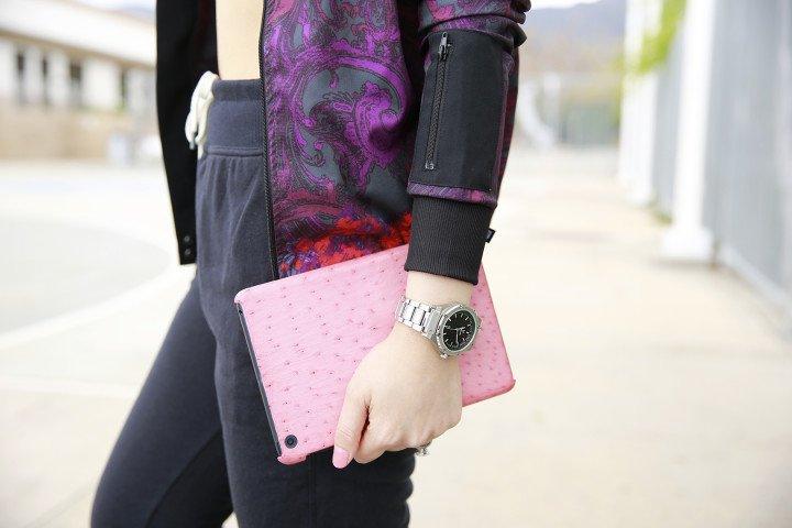 An Dyer wearing MVMT Watch