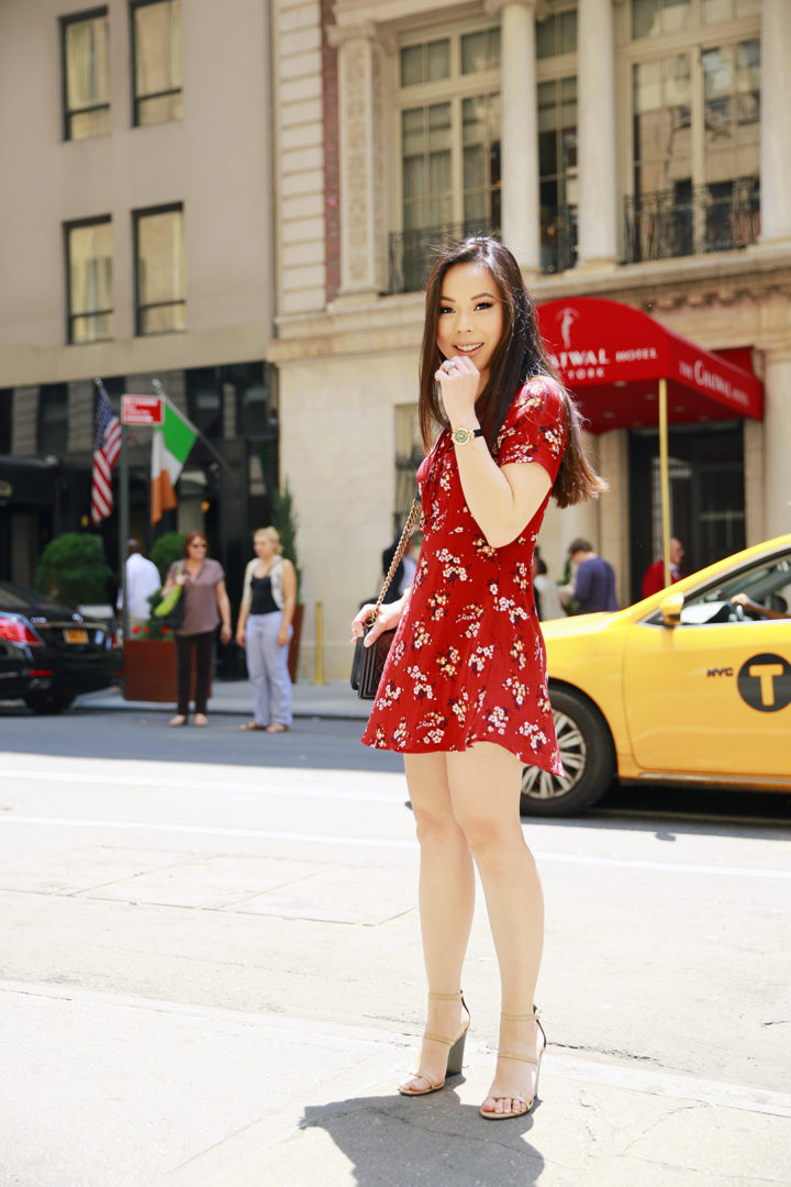 An Dyer NYC Street Style Spring Summer 2016 Red Floral Lace Up Dress taxi cab