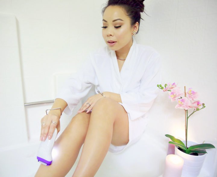 an-dyer-using-braun-silk-epil-9-epilator-on-legs
