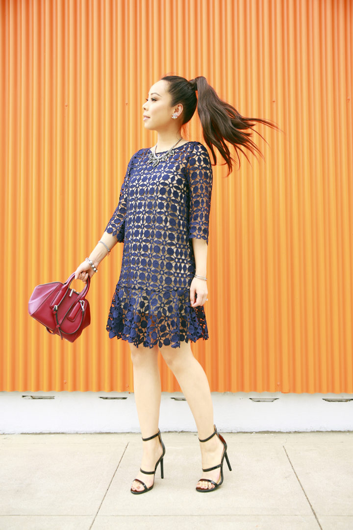 an-dyer-wearing-chicwish-navy-crochet-dress-with-flynn-heidi-handbag