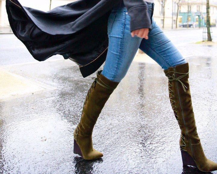 an-dyer-wearing-shoedazzle-sophy-boots