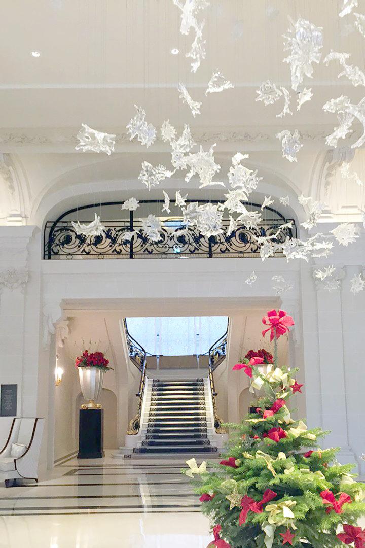 peninsula-paris-lobby-2