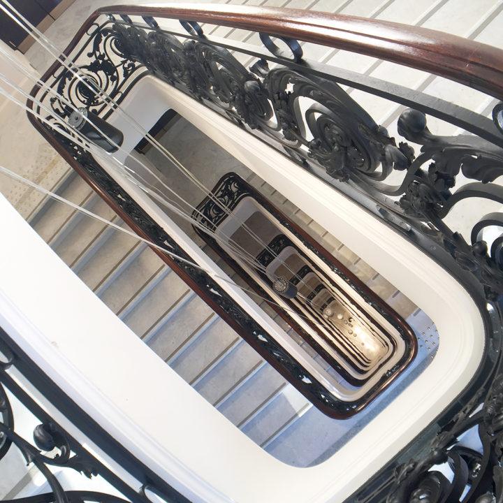 peninsula-paris-stairs