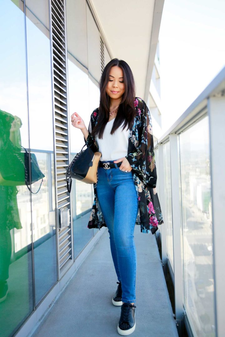 Fashion Blogger An Dyer wearing Chanel CC Belt