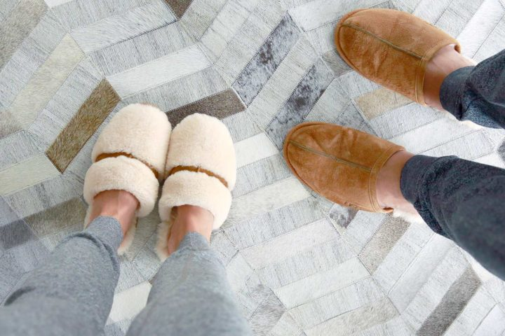 Ugg Australia Dalla Natural Scuff Chestnut House Slippers