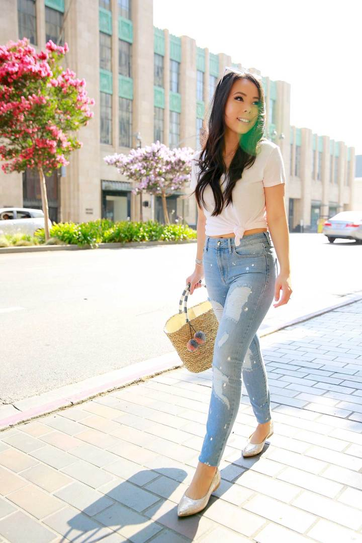 Fashion Blogger An Dyer in Downtown Los Angeles wearing Tee and Jeans