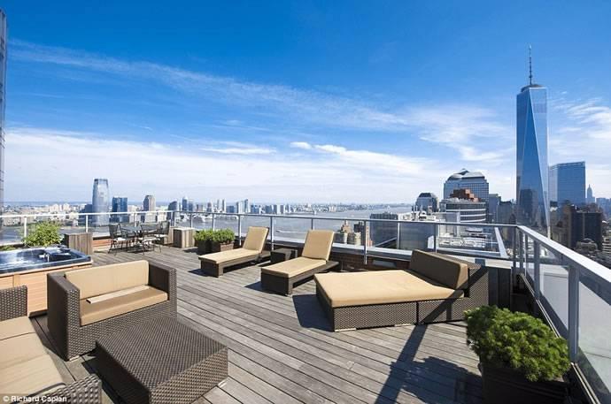This $118.5 Million Ritz-Carlton Penthouse Is Record-Breaking