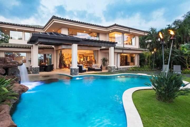 5 Oceanfront Luxury Homes For Sale In Hawaii