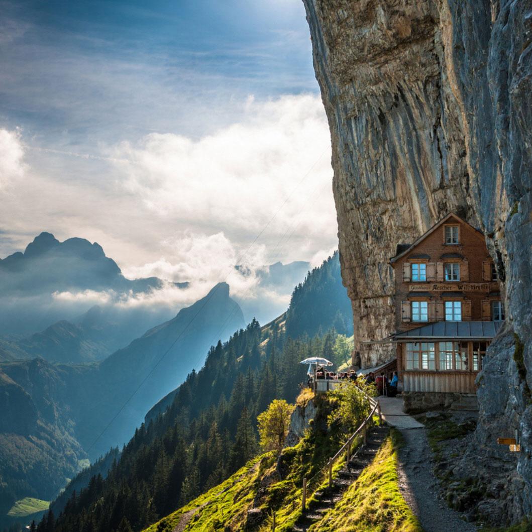 World Amazing Hotels Haute Today