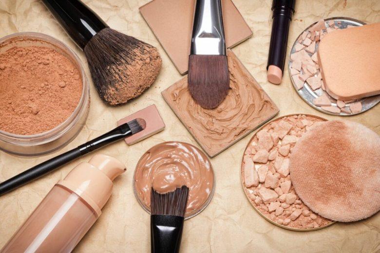 Top Five Makeup Tools You Should Have in Your Makeup Bag