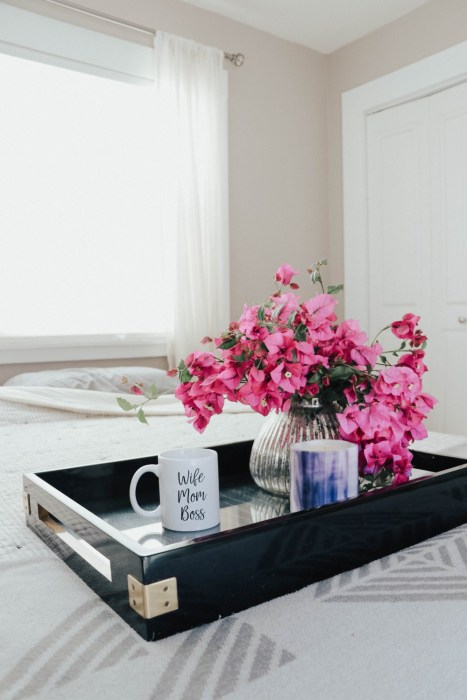 10 Ways to Make a Day at Your House Feel Like a Staycation. Click on over to the post to check it out! #quarantinetravel #staycation #elevateyoureveryday #everydayluxuries #staycationathome
