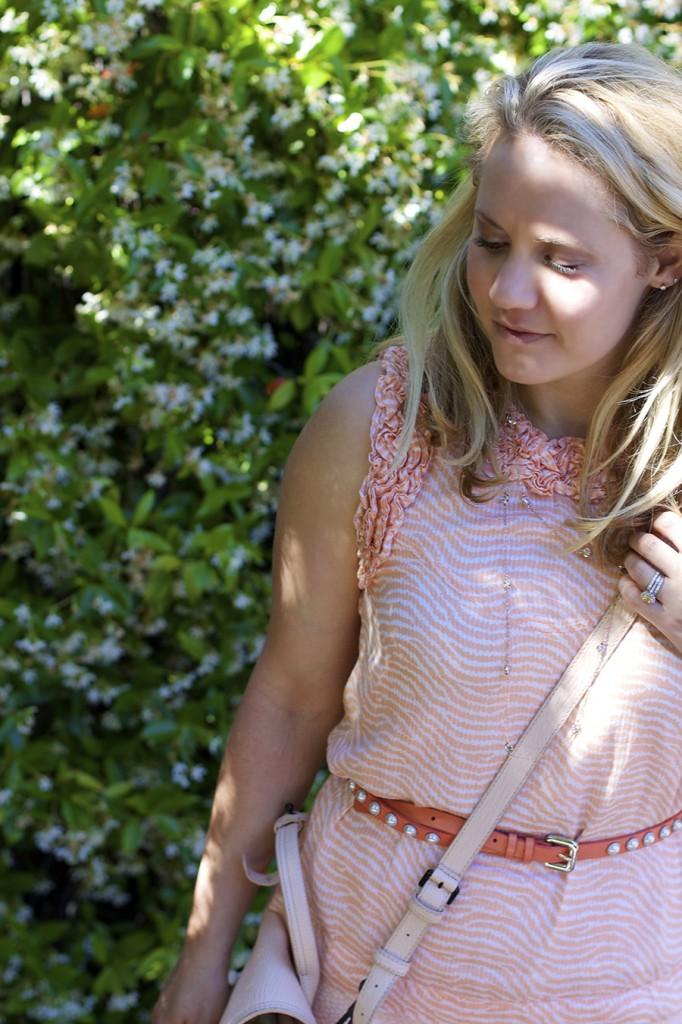 ASTR Rachel Zoe French Connection Peach on Peach Fashion Blogger Monochrome Outfit Ideas 3