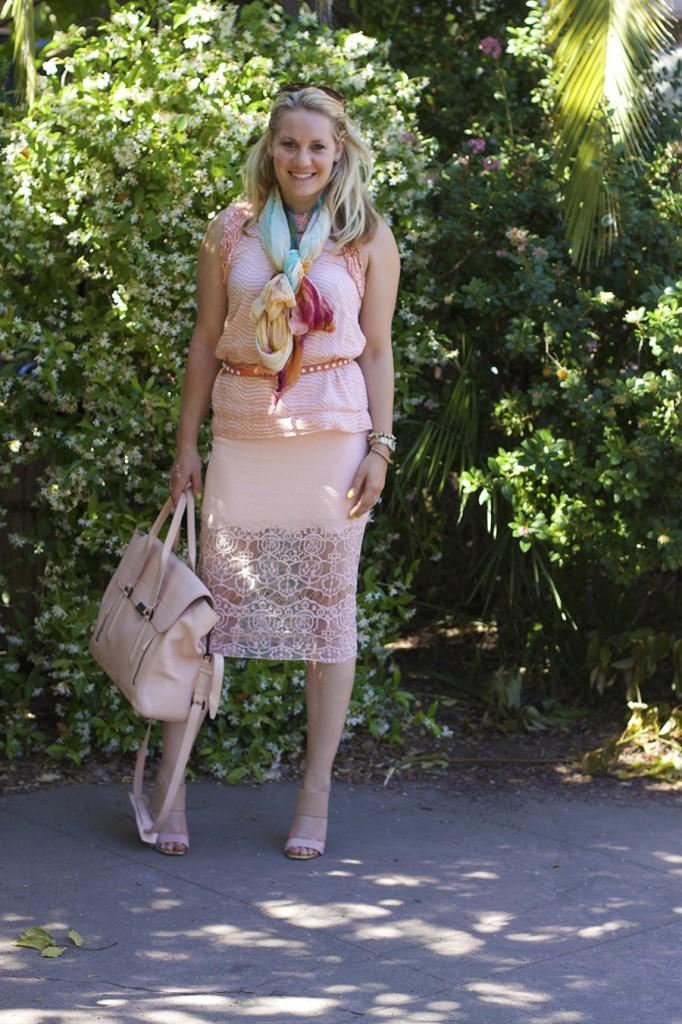ASTR Rachel Zoe French Connection Peach on Peach Fashion Blogger Monochrome Outfit Ideas 5