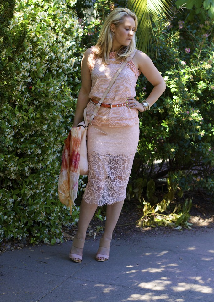ASTR Rachel Zoe French Connection Peach on Peach Fashion Blogger Monochrome Outfit Ideas 8