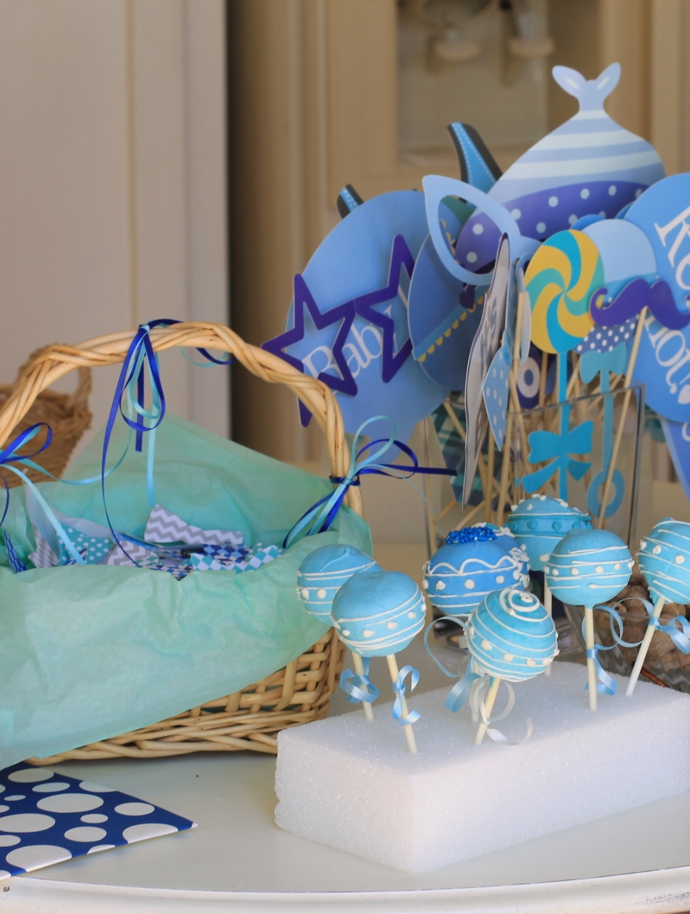 Baby Shower-Cake Pops-Baby Shower theme-Bow Ties