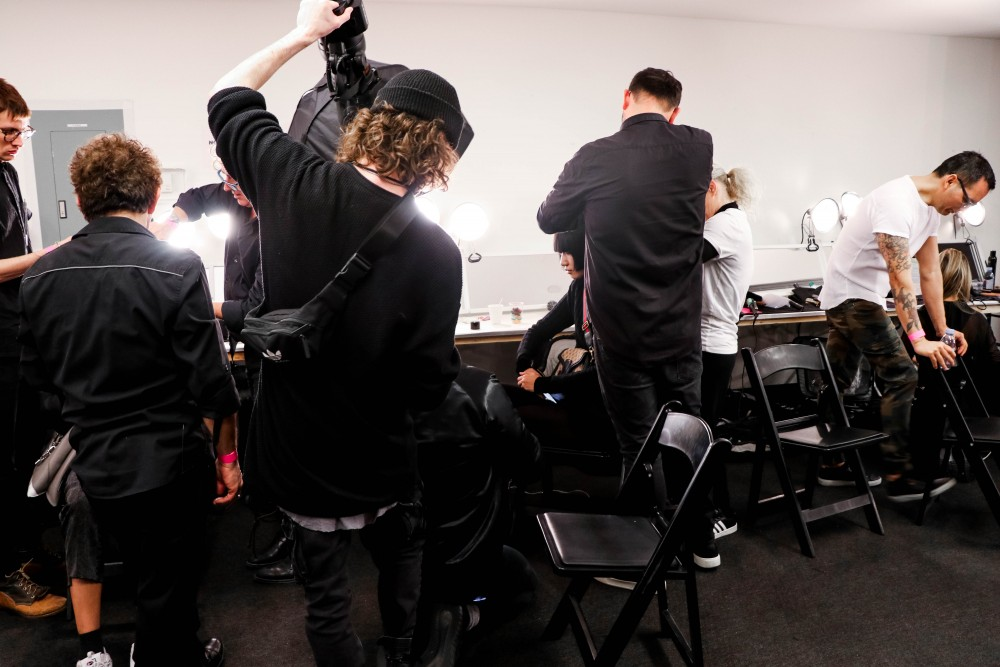 Sneak peek backstage at NYFW before Claudia Li with the Redken and Cutler Salon team. Click on the photo to check out the full post + see my favorite looks from the collection! #NYFW #ClaudiaLi #BackstageAccess #BehindtheScenes