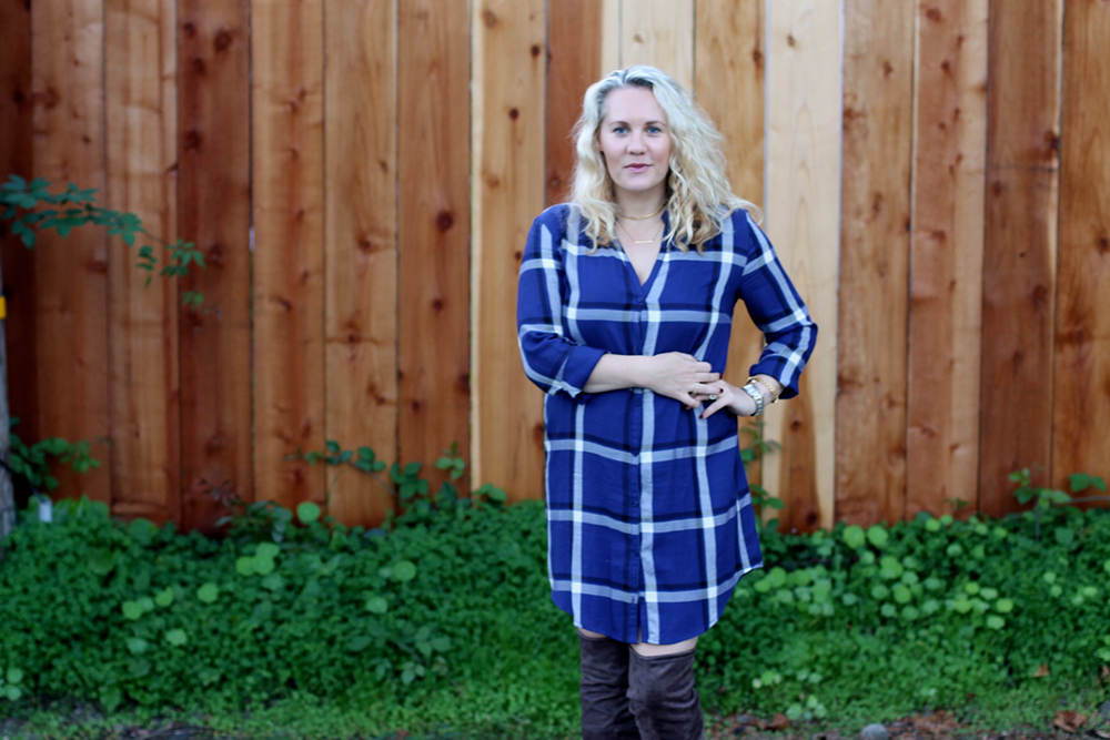 cupcakes-and-cashmere-plaid-shirtdress-outfit-inspiration-fall-fashion-mom-style-have-need-want-10