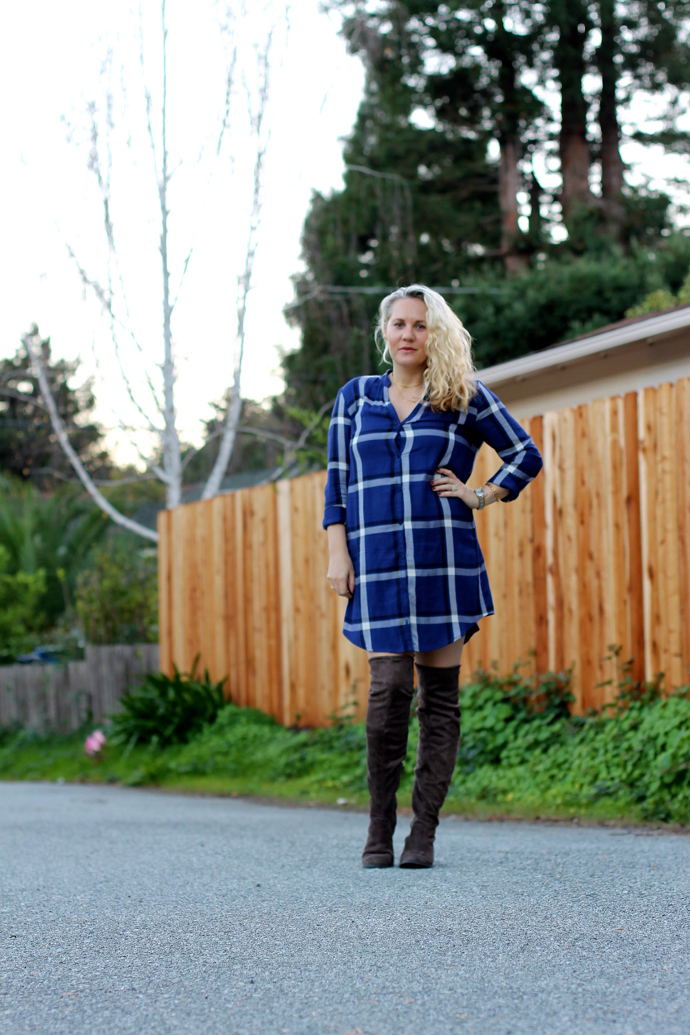cupcakes-and-cashmere-plaid-shirtdress-outfit-inspiration-fall-fashion-mom-style-have-need-want-4