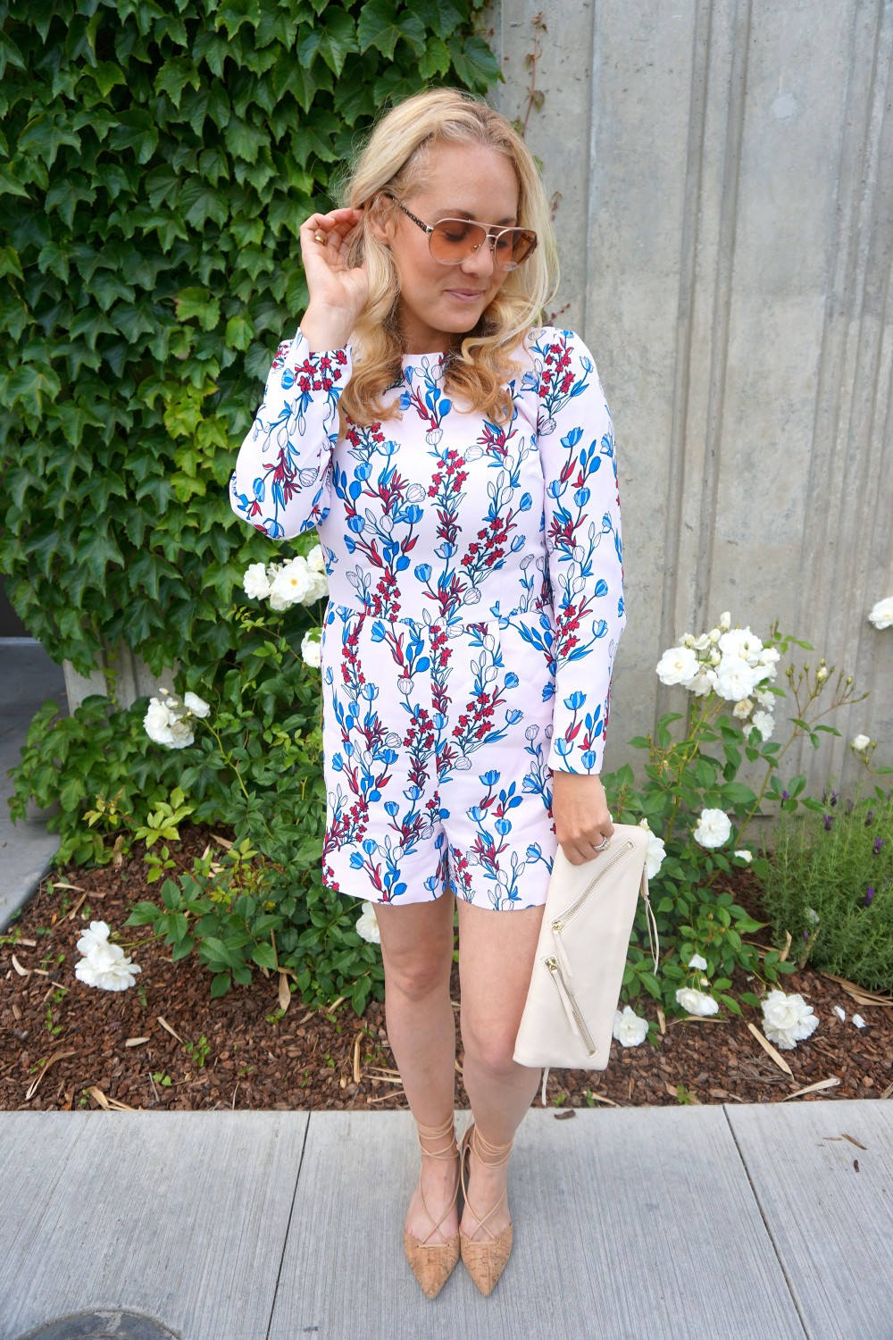 Draper James Romper-Outfit Inspiration-Spring Style-Spring Florals-Mom Style-Style Blogger-Have Need Want 3