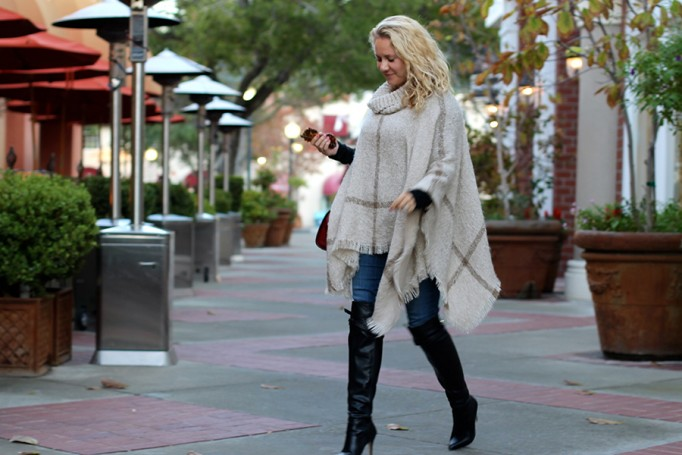 Fall Poncho-Outfit Inspiration-Fall Trends-Bay Area Fashion Blogger-Have Need Want-Fashion Stylist 9