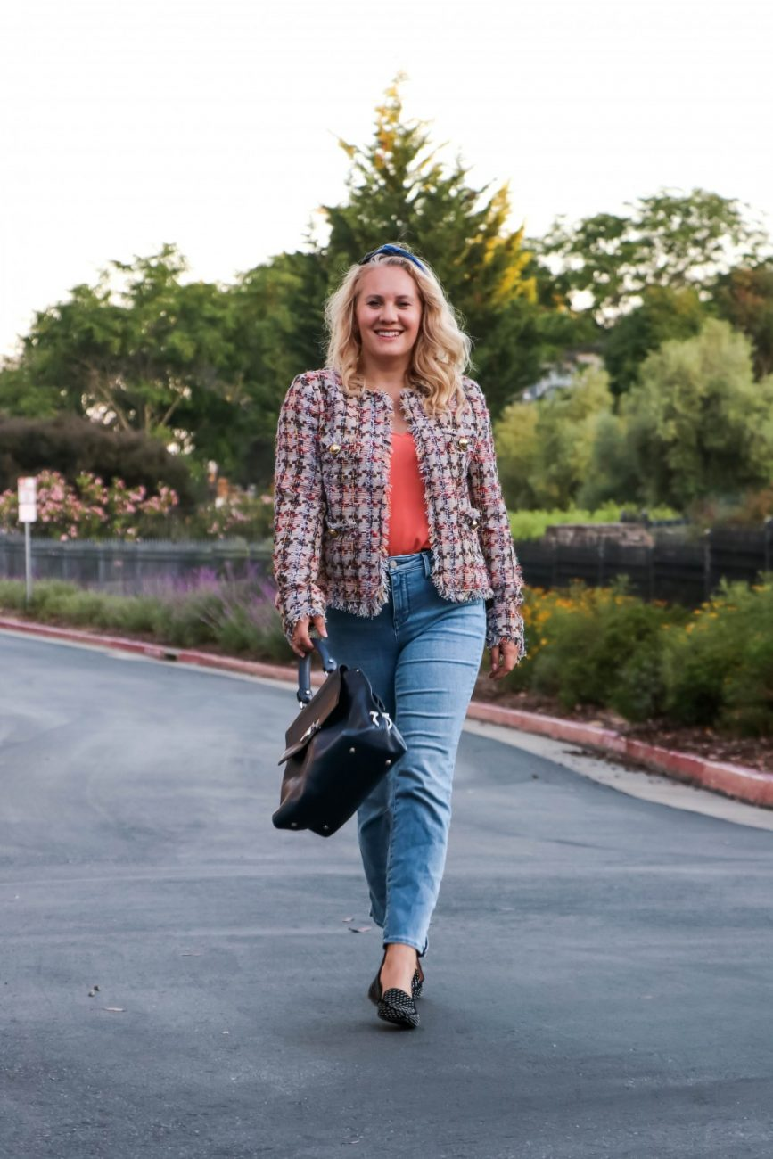Fall 2019 Trend = Tweed Jackets! I'm all about them and love to switch up my denim and leather for some tweed. Easily dressed up or down. Also love that this jackets gives off major Chanel vibes! Click on over to the blog to check out why I think Tweed is a Fall must-have in your closet. #fallfashion #falltrends #tweedjacket #nsale #nordstromanniversarysale #outfitinspo #preppystyle