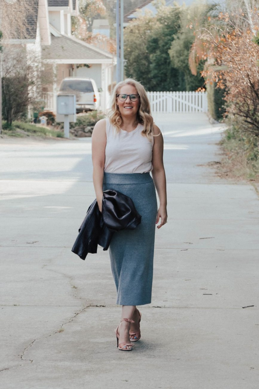Sharing 3 ways on how to style a sweater skirt that's under $10 to make it look chic and expensive! #stylingtips #outfitinspiration #stylehowto #timeandtru #walmartfinds