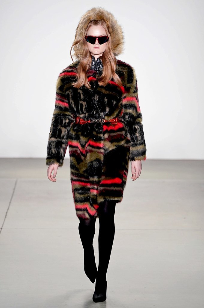 Sharing my NYFW Dairy FW19 Day 3 Today on Have Need Want! Click on the photo to check out what I did from attending Custo Barcelona and Son Jung Wan's shows to an event with Elle. #NYFW #NYFWDiary #SonJungWan #FrontRow #RunwayShow