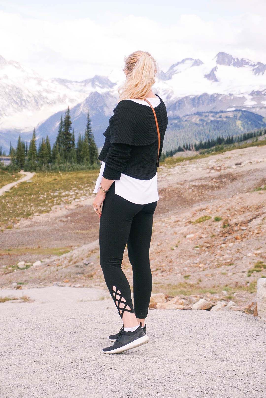 Sympli Clothing-Comfortable Clothing for Travel-Travel Style-What to wear when traveling-Have Need Want-Whistler-Visiting Whistler-Peak 2 Peak Whistler 14