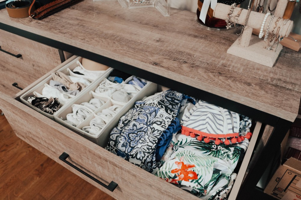 These are the best drawer organizers! Perfect for keeping everything separated and easy to find! #drawerorganizers #drawerorganization #drawerdividers