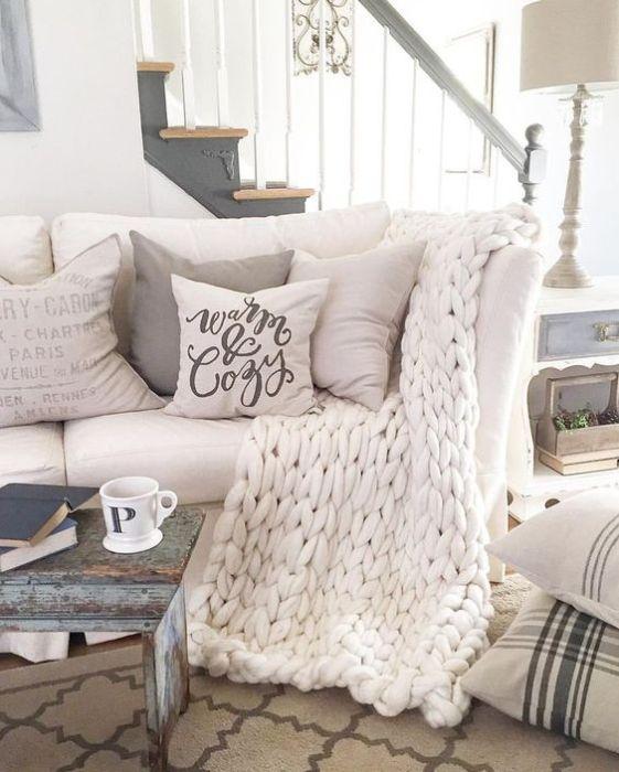 Home Sweet Home: Holiday Decor