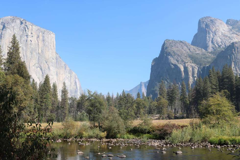 Yosemite National Park is one of those bucket list destinations. Yosemite National Park is a must visit when travelling in California.
