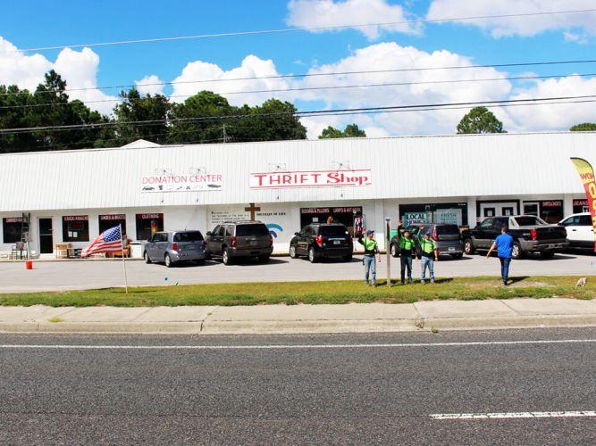 Sta. Rosa FL Beach Thrift Store
