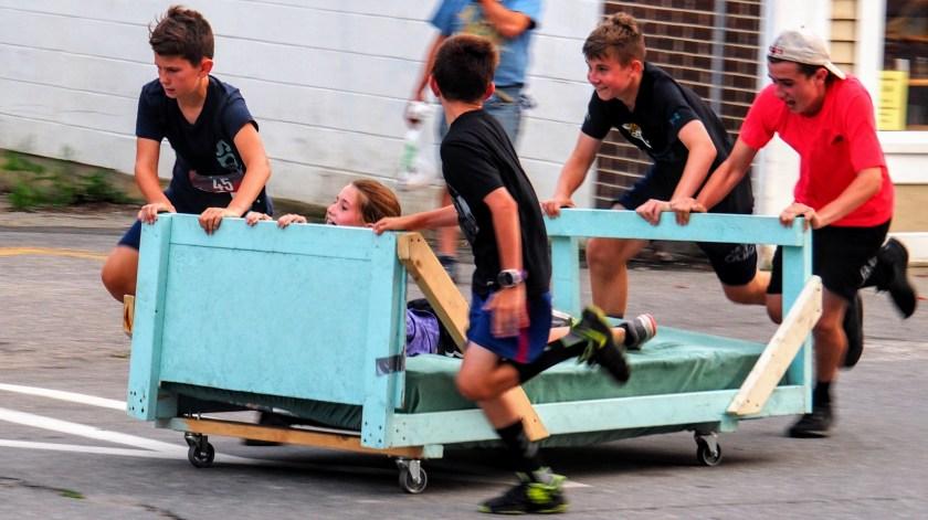 Farmington bed race