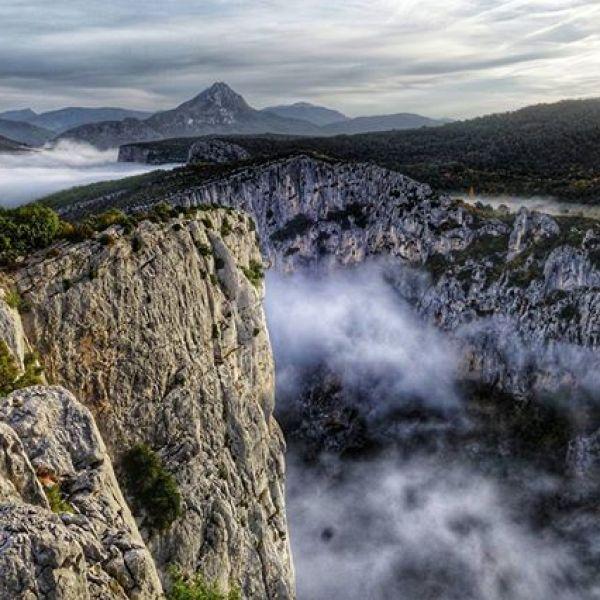 En dannelsesreise med mentor @hallvano i Provence. Jobba med karakterbygging i disse klippene inn i dag.