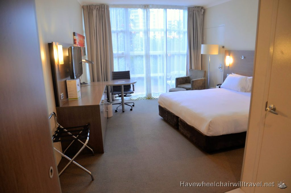 DoubleTree by Hilton - wheelchair accessible accommodation Cairns