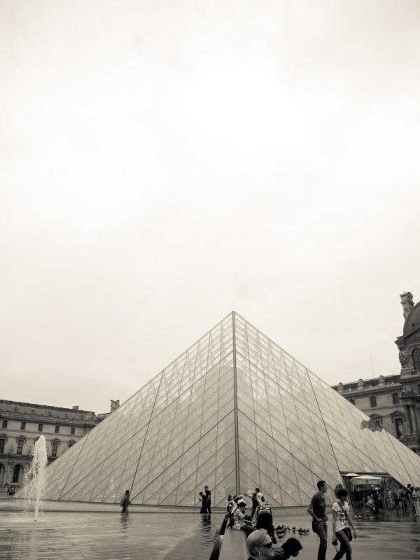 Louvre In Black And White Havil&beanacre