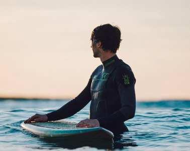 combinaisons de surf Picture