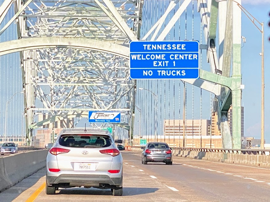 The Hernando de Soto Bridge on I-40 over the Mississippi River going into Memphis Tennessee.