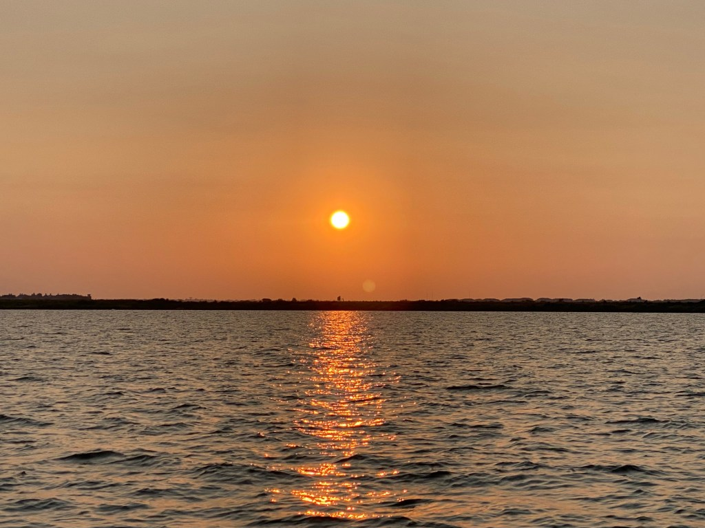 Sunset on the lake in Rockwall with Sail with Scott.