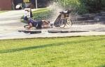 Ani při pádu se vozík zpravidla nepřevrátí.