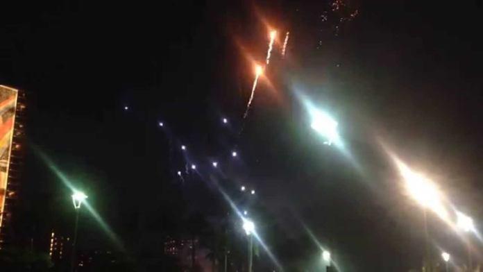 Feuerwerk in Waikiki auf Oahu in Hawaii – jeden Freitag 19:45 Uhr
