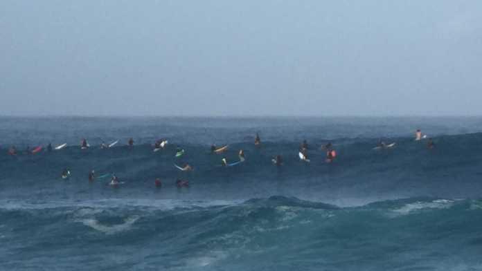 Riesenwellen an Waimea Bay November 2016 – tolle Bilder & Videos