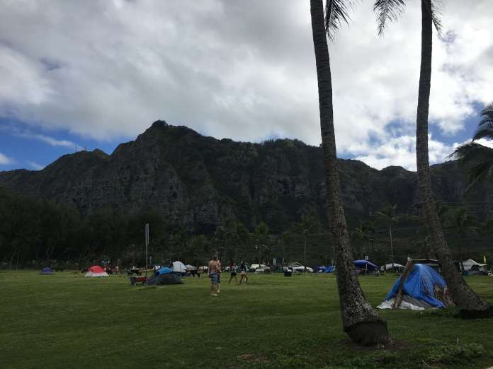 Camping am Strand in Hawaii