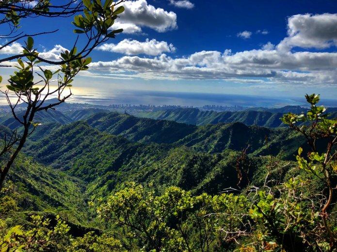 Wiliwilinui Ridge Trail – Wanderung in Hawaii mit atemberaubendem 360 Grad Blick