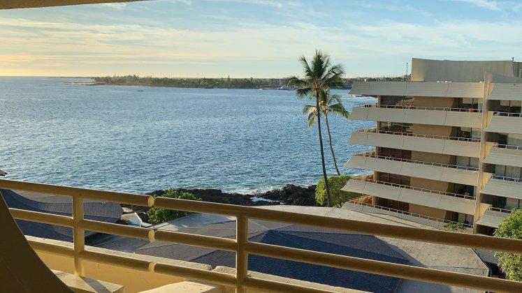 Meerblick vom Zimmer des Hotel in Kona