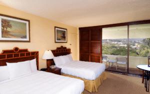 Royal Kona Resort  standard guest room