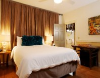standard room paia inn